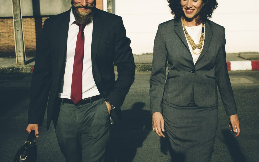 how to find independent sales reps